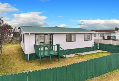 Papakura, Just Fly to Jack Farrell!, Property ID: 20002183 | Barfoot & Thompson
