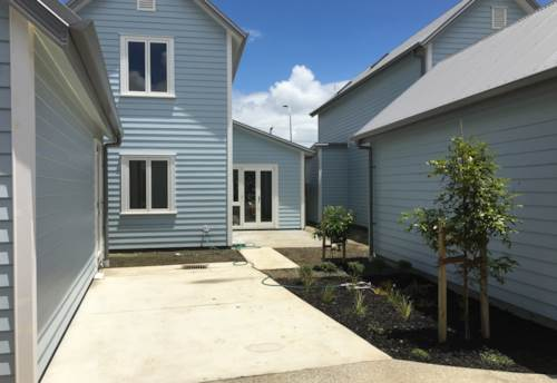 Papakura, UNDER OFFER, Property ID: 20002210 | Barfoot & Thompson