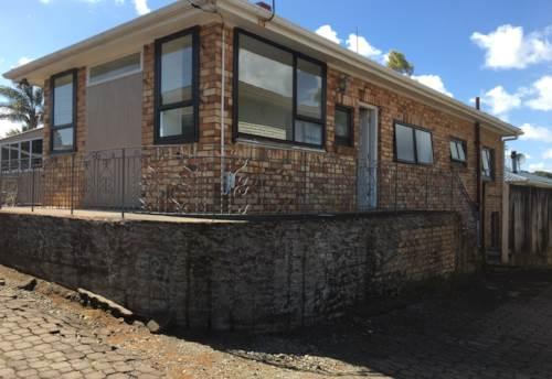 Manurewa, Great on Great South!, Property ID: 20002234 | Barfoot & Thompson