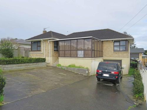 Manurewa, More on McAnnalley!, Property ID: 20002333 | Barfoot & Thompson