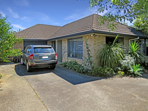 Manurewa, What a Find on Finlayson!, Property ID: 20003492 | Barfoot & Thompson