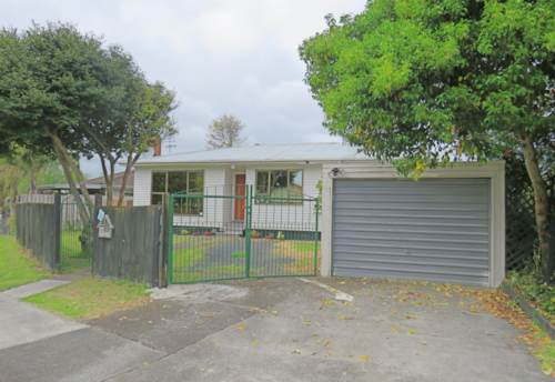 Manurewa, 17A Adams Road, Manurewa, Property ID: 20003493 | Barfoot & Thompson