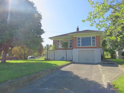 Manurewa, 12 Arthur Road , Manurewa, Property ID: 20003502 | Barfoot & Thompson