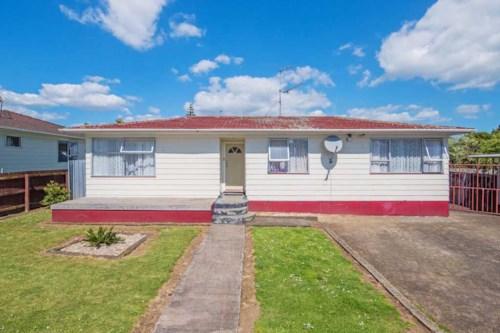 Manurewa, 2 in 1! Soooo Much on Sunlands!, Property ID: 20003508   Barfoot & Thompson