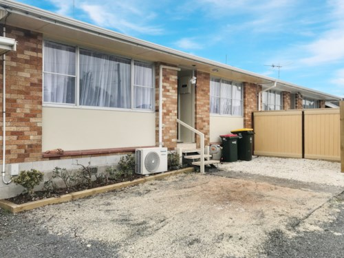 Manurewa, Newly Renovated on Maich Rd!, Property ID: 20004549 | Barfoot & Thompson