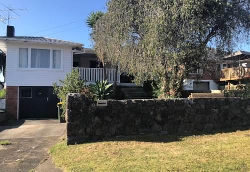 Manurewa, Beautiful First Time Rental, Property ID: 20005617 | Barfoot & Thompson