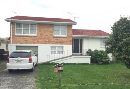 Te Atatu Peninsula, LAWNS AND WATER INCLUDED , Property ID: 21000346 | Barfoot & Thompson