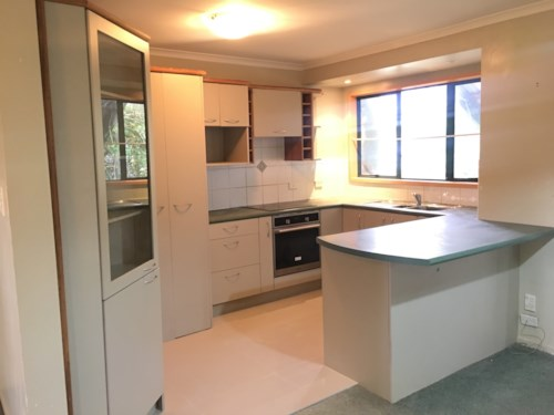 New Lynn, Super on Seabrook, Property ID: 21001416 | Barfoot & Thompson
