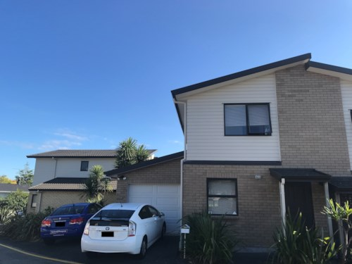Te Atatu South, PROFESSIONAL COUPLES DELIGHT, Property ID: 21001484 | Barfoot & Thompson