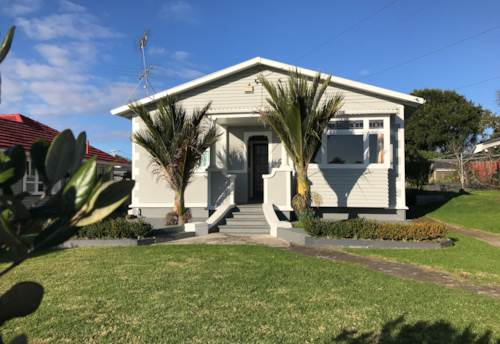 New Lynn, Wow look at her!, Property ID: 21001497 | Barfoot & Thompson