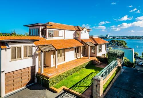 Takapuna, LAKE VIEWS AND ALL DAY SUN IN TAKAPUNA, Property ID: 22000783 | Barfoot & Thompson