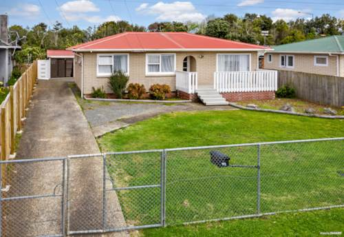 Otara, Perfect For Starters / Investors - Must Be Sold, Property ID: 810018 | Barfoot & Thompson