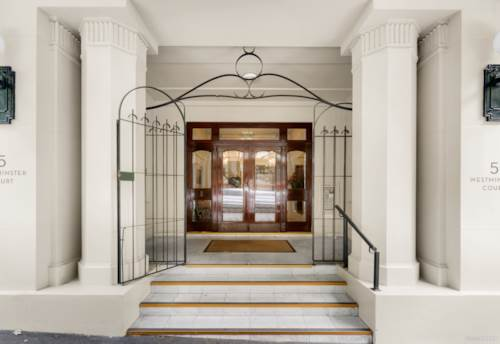 """City Centre, """"WESTMINSTER COURT"""" Character Penthouse, Property ID: 809753 