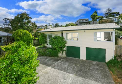 Glenfield, Your New renovated Home on Hogans!, Property ID: 22000957   Barfoot & Thompson