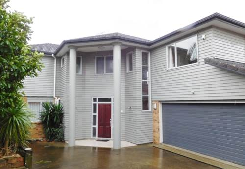 Forrest Hill, FABULOUS 5 BEDROOM IN FORREST HILL, Property ID: 22002005   Barfoot & Thompson