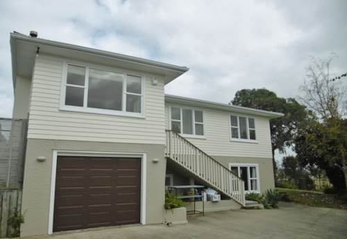 Forrest Hill, Short term rental in Forrest Hill, Property ID: 22002021 | Barfoot & Thompson