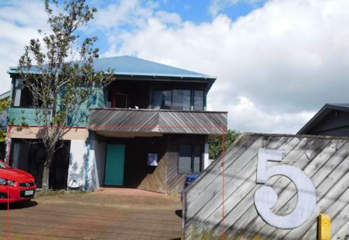 Takapuna, FABULOUS 2 BEDROOM CENTRAL TAKAPUNA, Property ID: 22004040 | Barfoot & Thompson