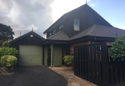 Mairangi Bay, IMMACULATE FAMILY HOME AT THE BAYS!, Property ID: 22004048 | Barfoot & Thompson