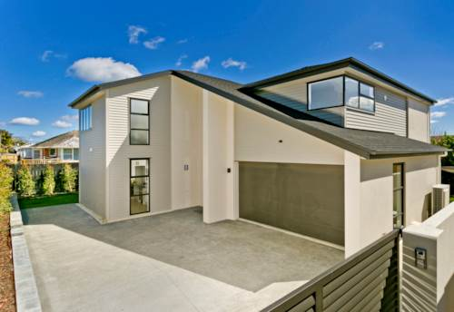 Milford, 5 BEDROOM BEAUTY IN BROOK STREET, Property ID: 22004053 | Barfoot & Thompson