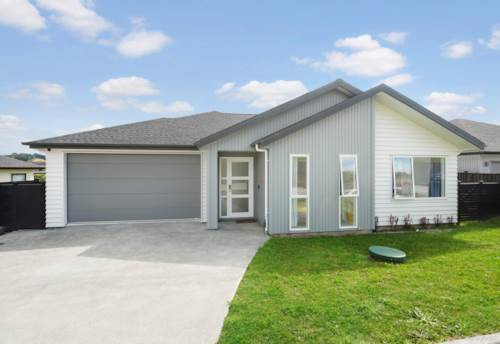 Milldale, Lovely Family Home in Milldale, Property ID: 810472 | Barfoot & Thompson