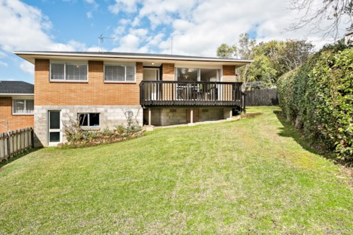 Browns Bay, Spacious 3 bedroom unit, Property ID: 22005113 | Barfoot & Thompson