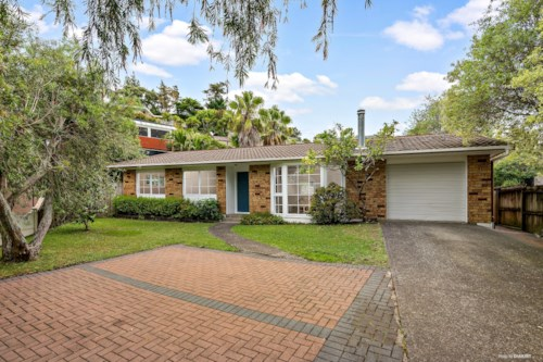 Browns Bay, Solid three bedroom family home, Property ID: 22005132 | Barfoot & Thompson