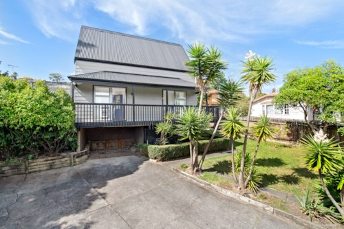 Browns Bay, Four bedroom family home in Browns Bay, Property ID: 22005143 | Barfoot & Thompson