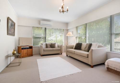 Milford, Sunny 2 Bed Unit Milford Central, Property ID: 22005154 | Barfoot & Thompson