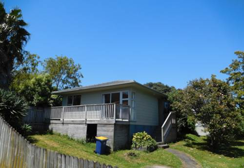 Glenfield, GREAT 3 BEDROOM IN GLENFIELD, Property ID: 22005183 | Barfoot & Thompson