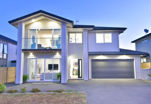 Silverdale, 6 Months Lease - Modern 4 Bedroom Family Home , Property ID: 22005225 | Barfoot & Thompson