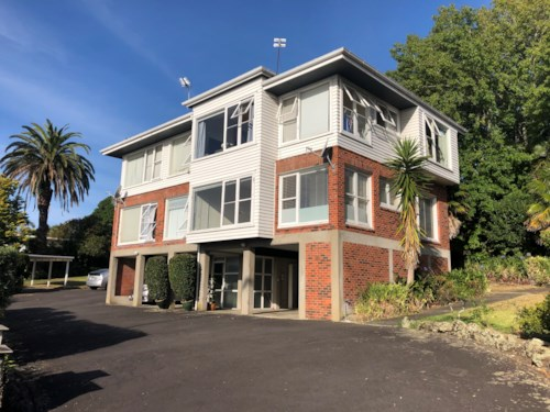 Orakei, Suntrap Minutes to the City Centre, Property ID: 23001306 | Barfoot & Thompson