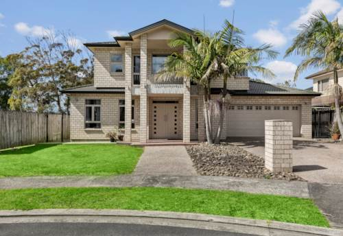 Papatoetoe, Spacious, special, sunny and STANDALONE, Property ID: 810551 | Barfoot & Thompson