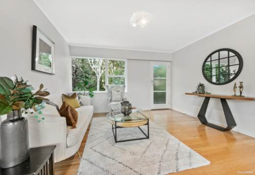 New Lynn, A First Home Buyers' Opportunity!, Property ID: 810582 | Barfoot & Thompson