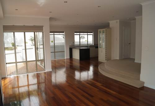 Remuera, Remuera - Spacious Family Home - Double Grammar, Property ID: 23001375 | Barfoot & Thompson