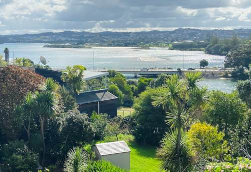 Red Beach, Large family home with views, Property ID: 47003260   Barfoot & Thompson