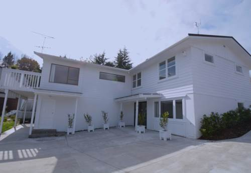 Mission Bay, A HUGE FAMILY HOME (seperate living on each level) , Property ID: 23001438 | Barfoot & Thompson