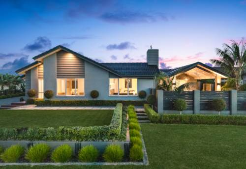 Pukekohe, PUKEKOHE'S GOLDEN MILE, Property ID: 809434 | Barfoot & Thompson