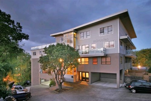 Parnell, Furnished Apartment in Heart of Parnell , Property ID: 23002501 | Barfoot & Thompson