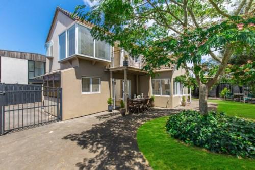 Orakei, Tidy Family Home, Property ID: 23003680 | Barfoot & Thompson