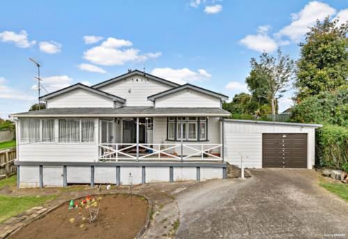 Waiuku, Elevation, Position and Space, Property ID: 810260 | Barfoot & Thompson