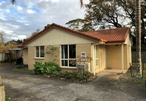 Pakuranga, Tidy Family Home - Pakuranga, Property ID: 23003750 | Barfoot & Thompson