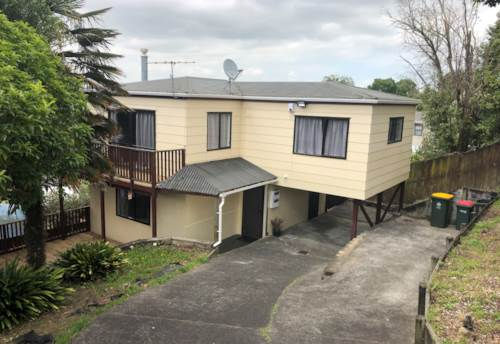 Goodwood Heights, Manukau - 3 bedroom, 2 bathroom home, Property ID: 23003860 | Barfoot & Thompson