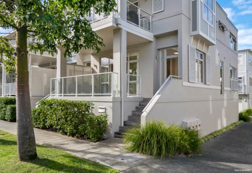 Orewa, GREAT VALUE TWO BEDROOM TERRACE APARTMENT, Property ID: 809989 | Barfoot & Thompson