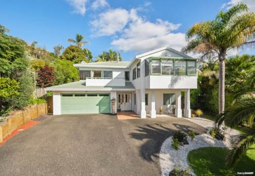 Torbay, A Great Family Home Offering Flexibility, Property ID: 809845 | Barfoot & Thompson