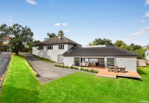 Westmere, Phenomenal Family Home on Westmere Peninsula, Property ID: 809615 | Barfoot & Thompson