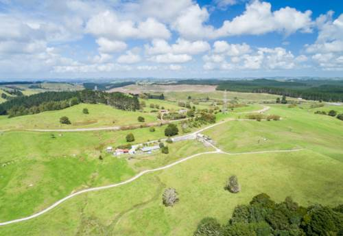 Topuni, Developers Dream-90 Acres, Property ID: 810420 | Barfoot & Thompson
