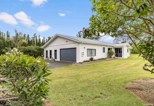 Kerikeri, Country Living, Close to Town, Property ID: 810480 | Barfoot & Thompson