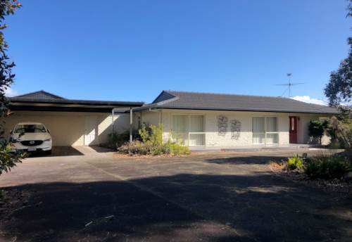 Rosehill, Lifestyle opportunity in Papakura, Property ID: 23004988 | Barfoot & Thompson