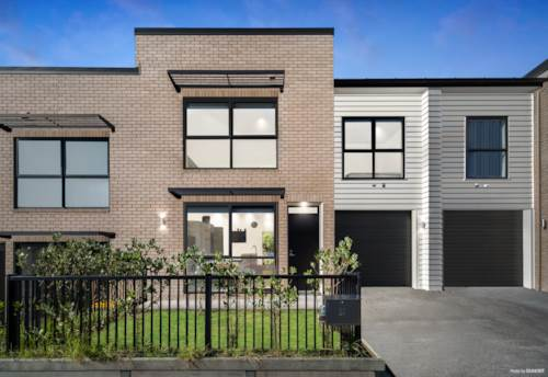 Totara Heights, BUILT BY FLETCHER- LOVELY HOME, Property ID: 810552 | Barfoot & Thompson