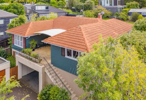 Remuera, 1950's Weatherboard Home - Double Grammar, Property ID: 810485 | Barfoot & Thompson